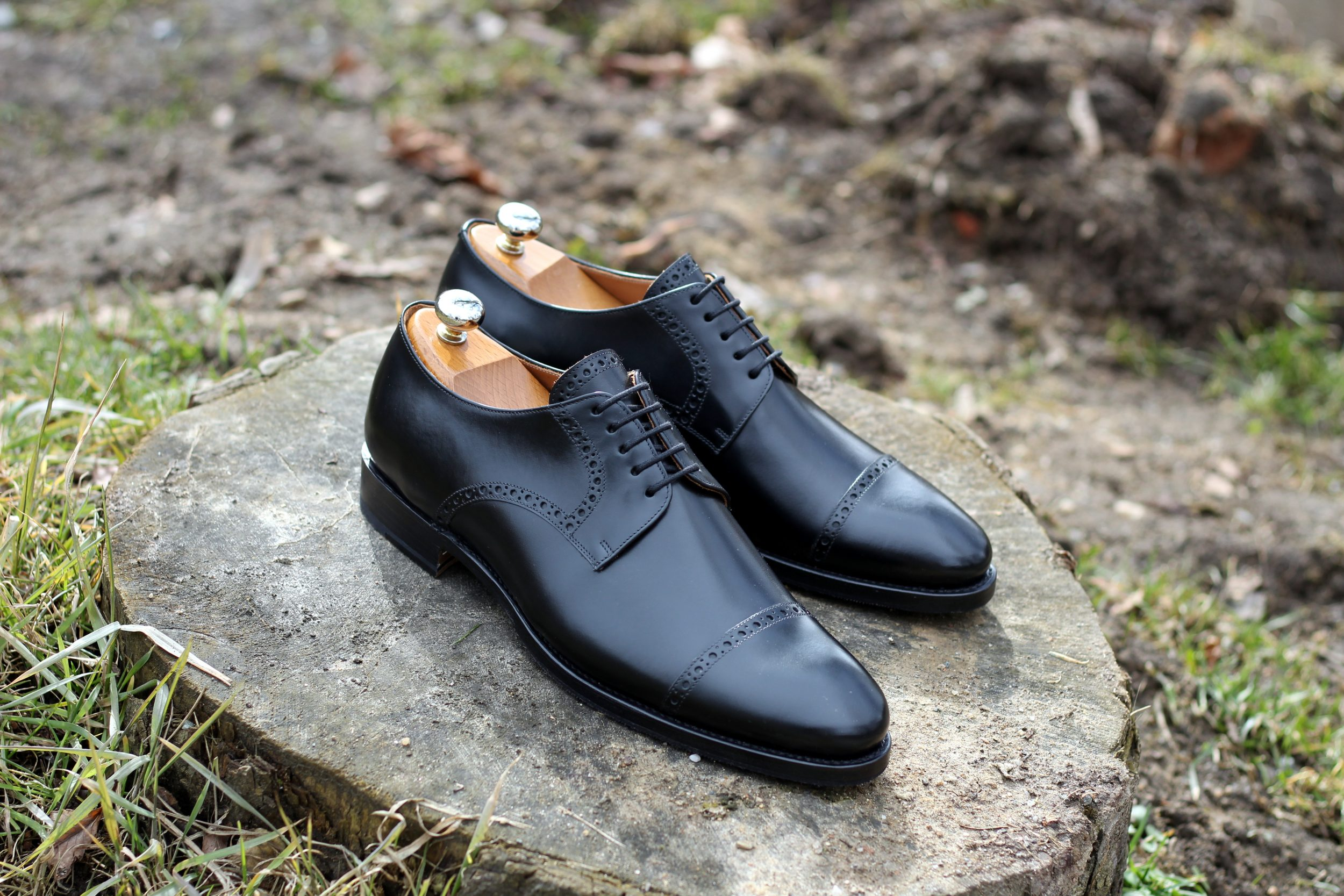 Vlad Alexandru black Brogue Cap Toe Derby