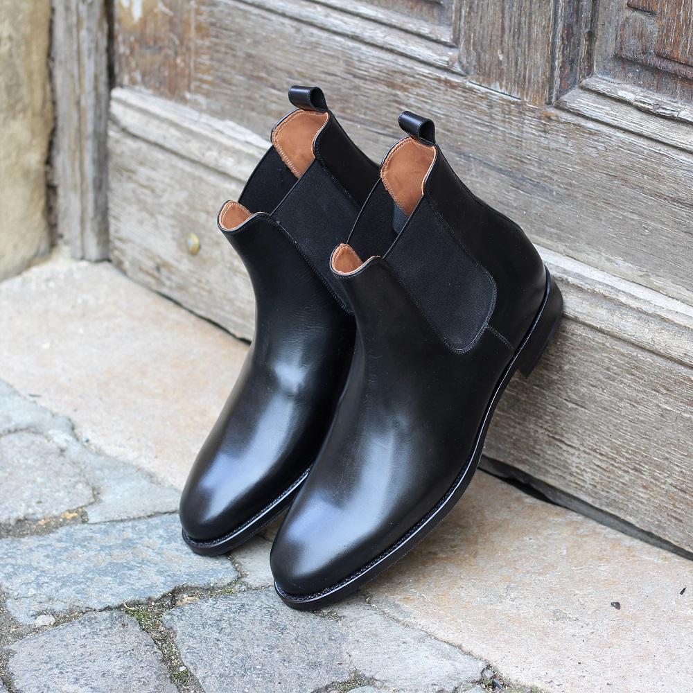 Vlad Alexandru black Chelsea boots